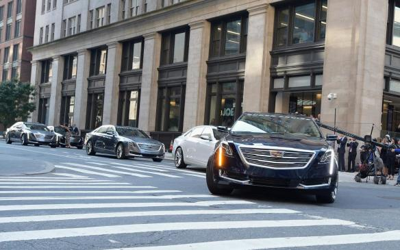 <p>Super Cruise Cadillac CT6s set off from New York</p>