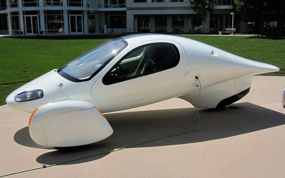 <p>With the push for electric vehicles came several manufacturers that tried (and are still trying) to get their models into production. Aptera was one of the early California start-ups, with its funky looking 3-wheel, front-drive, 2-seat (inline) electric or hybrid car (though it was classified as a motorcycle) announced in 2010 and taking orders through the first 2-thirds of 2011 before folding without a single sale. It remains notable, however, for its 0.15 Cd body (nearly half that of best production car on the market), a suggested fuel-efficiency equivalent 2.2 times better than the Nissan Leaf, and a fully-laden highway range of 160 km/h. (Credit: Wikipedia/Alison)</p>