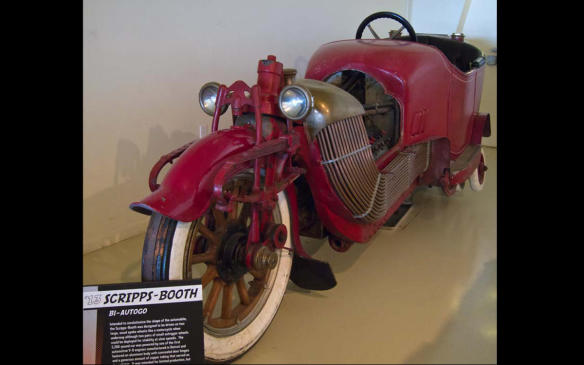 "<p>In the early days of the auto industry, makers were experimenting with ways to make their motorbikes more desirable for people who were automobile early-adopters. Artist/engineer James Scripps Booth created a 3-seat, 4-wheeler with two main wheels and two retractable ""outriggers"" for low-speed stability. The 6.3-litre V-8 engine was placed under a hood in front of the ""cabin,"" making the Bi-Autogo Detroit's first V-8 engined vehicle. Only one was ever made. (Credit: Wikipedia/HopsonRoad)</p>"