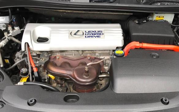 <p>2010 Lexus HS 250h hybrid powertrain</p>