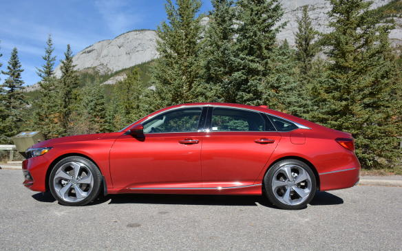 <p>The new Accord didn't stretch its wheelbase by much but, at 2,830 mm, it's slightly longer than the new Camry's. It still comes in shorter than the Chevrolet Malibu but it does enable extra rear legroom and increased visibility. Additionally, the Accord's dimensions increased in width and decreased in height.</p>
