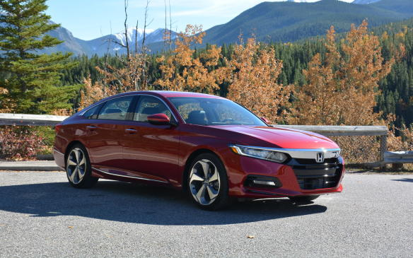 <p>It's rare to even find a manual transmission at the mid-size sedan level these days, but the people at Honda aren't forgetting about those enthusiast stick-shifters. A six-speed manual tranny is offered on both the 1.5- and 2.0-litre engines in both LX and Sport trim. The higher trims are offered only in automatic mode.</p>