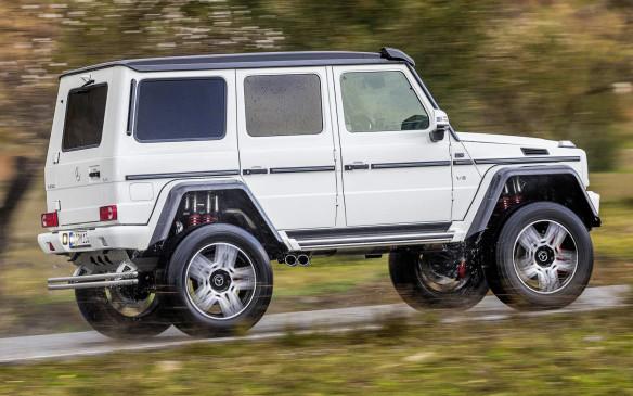 <p>Mercedes-Benz G500 4x4</p>