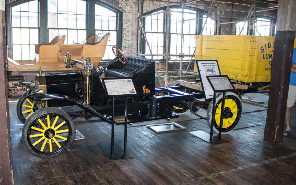 <p>Model T's were even used as the basis for early fifth-wheel tractor-trailerrigs.</p>