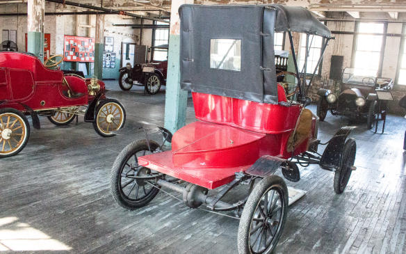 <p>Trunks weren't common in the early days of the automobile, nor was any consideration of aerodynamic design, but this early Ford Runabout, perhaps inadvertently, incorporates a semblance of both.</p>