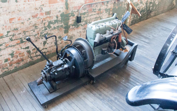 <p>Initially, all Ford's engines, including those of the early Model Ts produced at Piquette Avenue, were built by an outside supplier – the Dodge Brothers.</p>