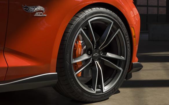 <p>2018 Chevrolet Camaro Hot Wheels wheel</p>