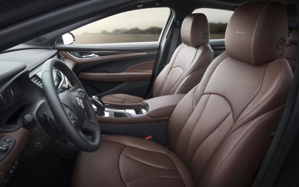 <p>2018 Buick LaCrosse Avenir seats</p>