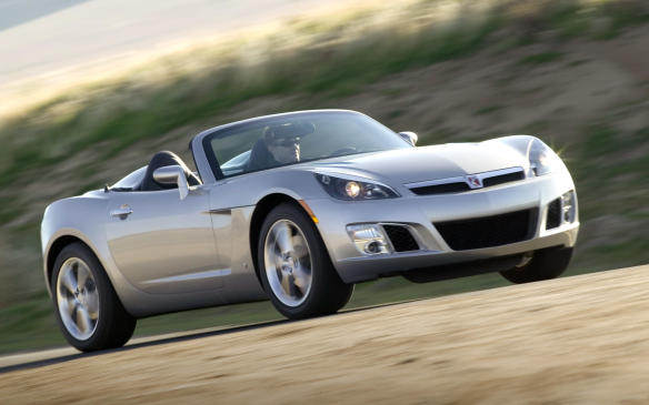 <p>The Pontiac Solstice and Saturn Sky (pictured) twins may be orphaned, but there's plenty of sports-car goodness inherent in these roadsters, including near-50/50 weight distribution, forged aluminum unequal-length control arms with Bilstein monotube shocks and 18-inch alloy wheels. This rear-drive pair featured a manual-folding soft top with a heated glass rear window. The sole engine at the outset was a 177-hp 2.4-litre DOHC 4-cylinder that employed a sturdy chain turning the twin cams. A close-ratio 5-speed manual transmission was standard and a 5-speed automatic optional.</p> <p></p>