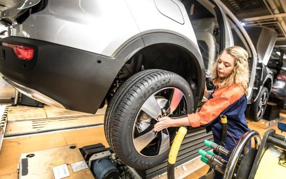 <p>Volvo XC40 pre-production</p>