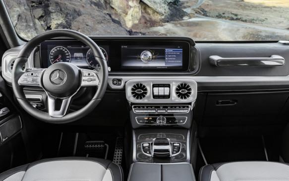<p>Mercedes-Benz G-Class instrument panel</p>