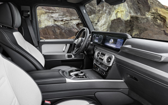 <p>Mercedes-Benz G-Class interior</p>