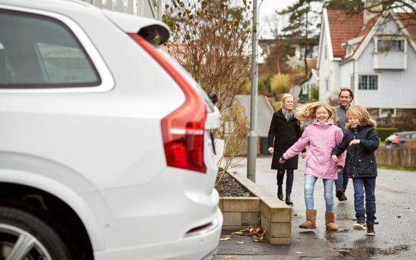 <p>Volvo Drive Me project participants Simonovski Family</p>