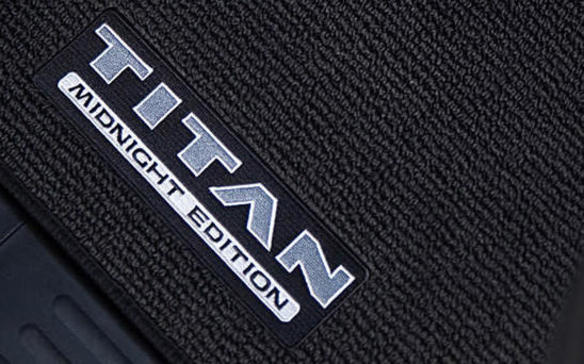 <p>2018 Nissan Titan Midnight Edition floor mat</p>