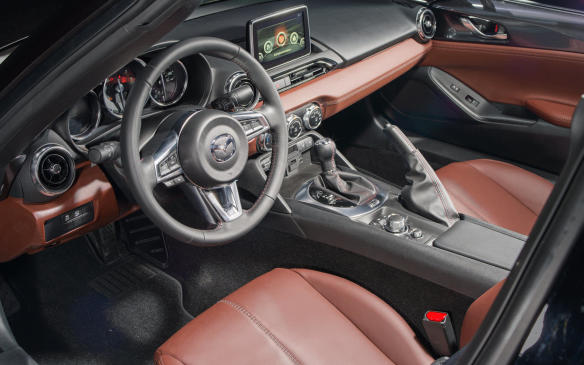 <p>Mazda MX-5 interior</p>