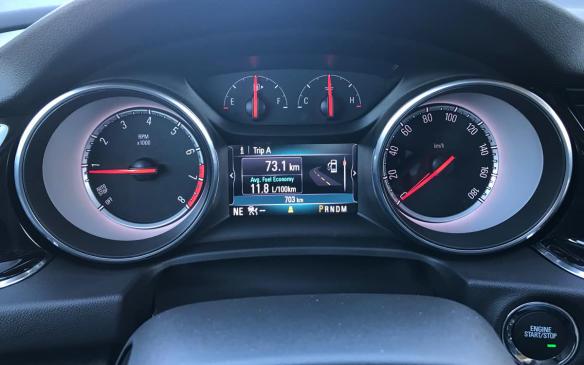 <p>Buick Regal Sportback gauges</p>