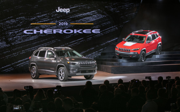 <p>At the only major automaker's press conference of media Day 3, FCA showed off a mid-cycle update to its Jeep Cherokee mid-size SUV, featuring a revised front-end with a more conventional headlamp treatment and a minor tuck at the rear. There's also the addition of a new available engine – a fuel-efficient 2.0-litre. direct-injected, turbocharged inline four-cylinder rated at 270 horsepower and 295 lb-ft of torque, with engine stop-start (ESS) technology.</p>