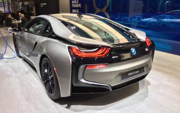 <p>2019 BMW i8 Coupe</p>