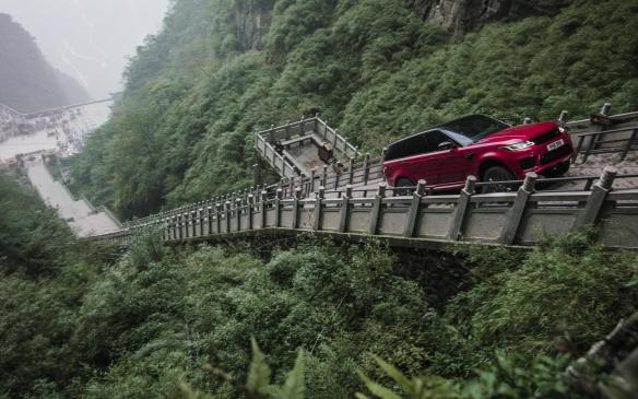 2018 Range Rover Sport climbs the stairs to Heaven's Gate