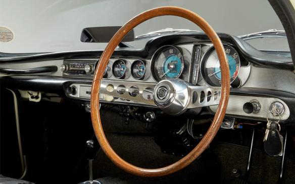 <p>1967 Volvo 1800 S interior</p>