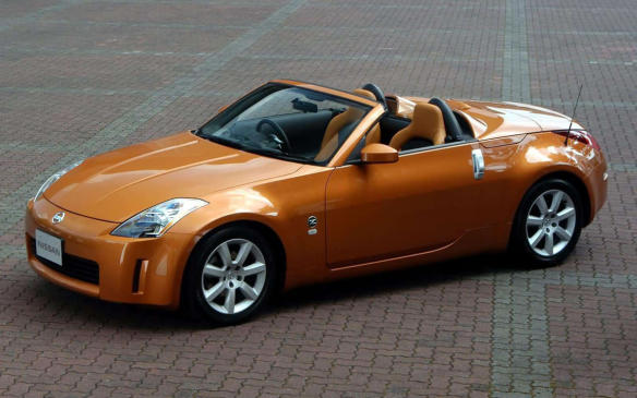 <p>The Z-roadster is a looker, especially when outfitted in rare Burnt Orange leather. The roadster itself is uncommon around these parts, and that's a shame. Mechanical complaints? Owners have voiced concerns about camber and toe alignment issues, which can lead to cupped front tires. The 300-hp engine has exhibited excessive oil consumption, owners report. Other deficiencies include bad clutch slave cylinders (a recall item), faulty window regulators, noisy brake pads and short-lived wheel bearings and batteries.</p>