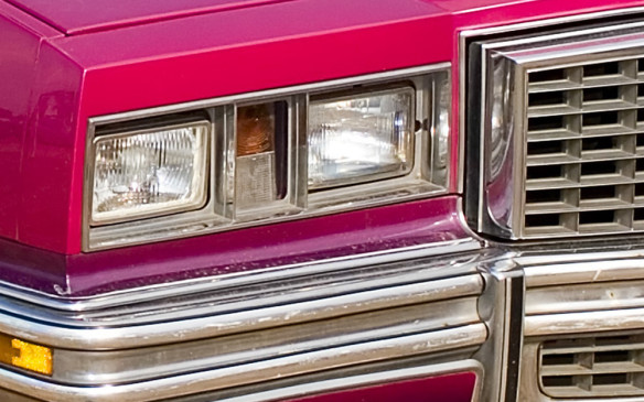 <p><strong>RECTANGULAR SEALED BEAMS - </strong>Under pressure from automakers who craved more stylistic freedom, regulators in North America expanded regulations to permit double or quad rectangular, as well as round, sealed beams in 1974. The quad layout quickly became the norm although whether or not it was more aesthetically pleasing was a matter of taste.</p>