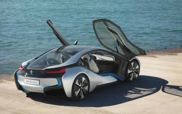 <p><strong>GREEN/ALT POWER: </strong><strong>BMW i8 – </strong>The i-8's swoopy lines, lambo-lke doors, LED illumination and futuristic overall design give it the look of an exotic. It's quick, too, with a 0-to-100 km/h capability of less than five seconds. It's a natural choice as Playboy's Creen/Alt Power Car of the Year.</p>