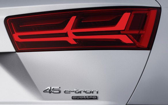 <p>Audi Q7 e-tron badge</p>