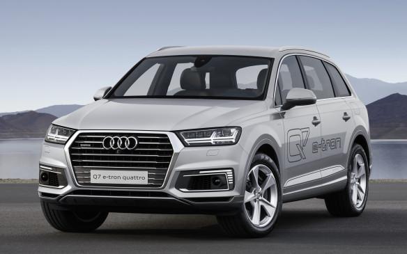 <p>Audi Q7 e-tron</p>