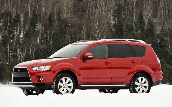 <p>2007-10 Mitsubishi Outlander</p> <p>The Mitsubishi Outlander may not enjoy instant name recognition, but it is a stylish and genuinely sporty utility that's well put-together, owners say. The cabin is not be the most luxurious place to spend time, but it's decently roomy – save for the optional third-row jump seats, which are for munchkins only. The Outlander features a trick headliner that acts as an odour fighter, as well as an anachronistic two-piece tailgate: the lower segment drops down to aid loading while the glass hatch swings up.</p> <p>Initially, all Outlanders had a 220-horsepower 3.0-L SOHC V-6 tied to a six-speed automatic transmission. For 2008, Mitsu introduced a 168-horsepower 2.4-L DOHC four cylinder working through a continuously variable transmission (CVT). The Outlander felt extraordinarily car-like, although drivers noticed considerable tire and wind noise in the cabin. Owner complaints singled out exterior paint quality, which is prone to chipping easily, as well as short-lived front wheel bearings. Poor throttle response may require updating the engine-control program.</p> <p></p>