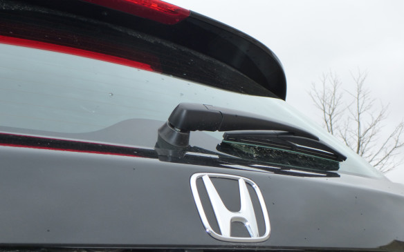 <p>Honda HR-V rear window</p>