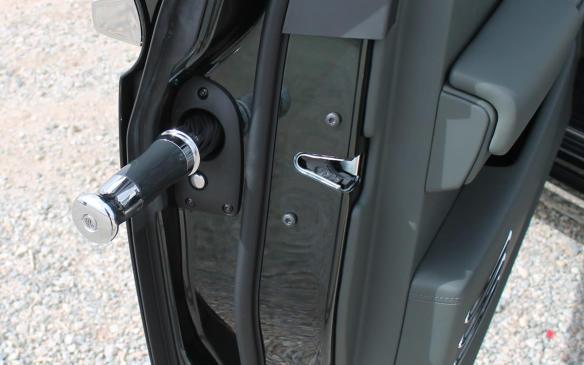 <p>2018 Rolls-Royce Phantom door umbrella-holster</p>