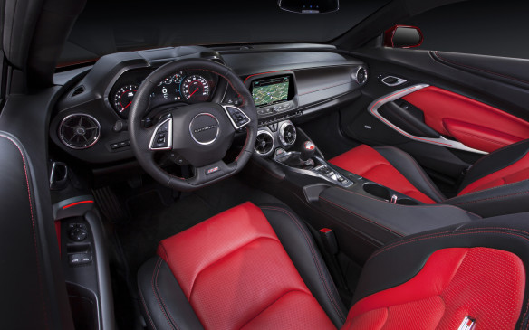 <p>2016 Chevrolet Camaro interior</p>