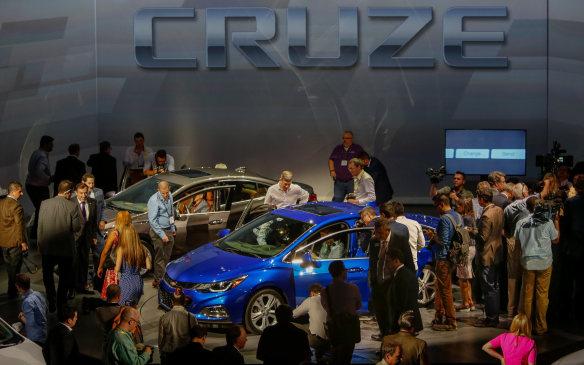 <p>2016 Chevrolet Cruze</p>
