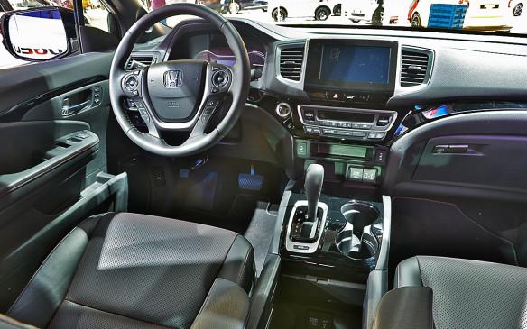 <p>2017 Honda Ridgeline</p>