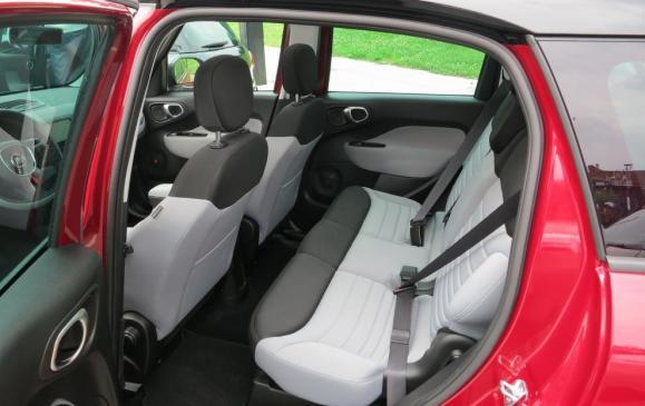 2014 Fiat 500L - rear seat