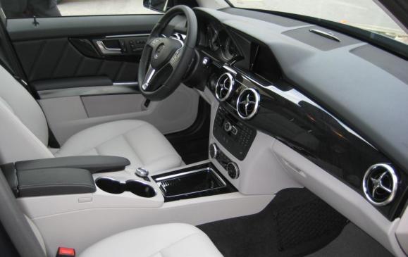 2013 Mercedes-Benz GLK 250 - front seats