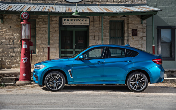 <p><strong>Highest-ranked Premium Mid-size SUV: BMW X6.  </strong></p> <p>Runners-up: BMW X5/Porsche Cayenne</p>