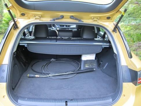 Lexus CT200h 2011 trunk