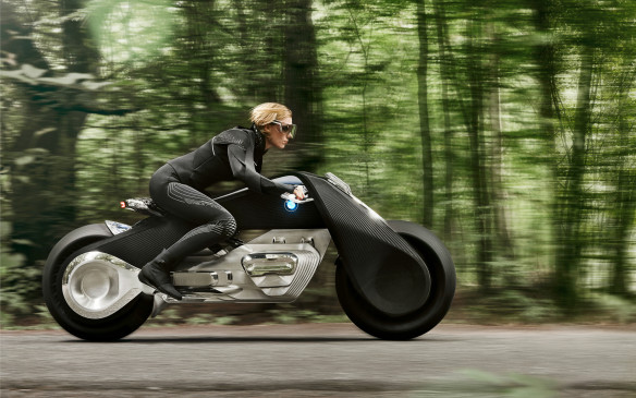 <p>Heinrich, the designer, says most of the technology is already available to some degree, and it just has to be guided towards its final use in the bike. This isn't wishful thinking – this is a very real possibility.</p>