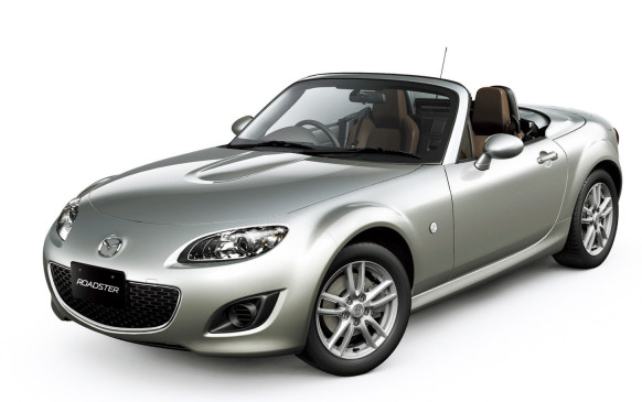 <p>Mazda recast the MX-5 Miata, the world's most popular sports car, to give its growing fans a roomier sports car for 2006. The wheelbase was stretched 6 cm for better legroom and the body was 4 cm longer and wider. Its rear-drive chassis was 47% more resistant to twisting, yet weight gain was limited to 25 kg, belying predictions of a more slothful Miata. The Mazda3's 2.0-litre DOHC four cylinder provided 167 horsepower and 140 lb-ft of torque, thanks to a two-stage intake manifold to boost low-end grunt. It was enough to coax the sprightly roadster to 97 km/h in 6.5 seconds.</p>