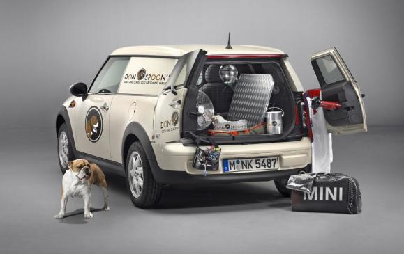 2013 MINI Clubvan - Cargo Area - Rear