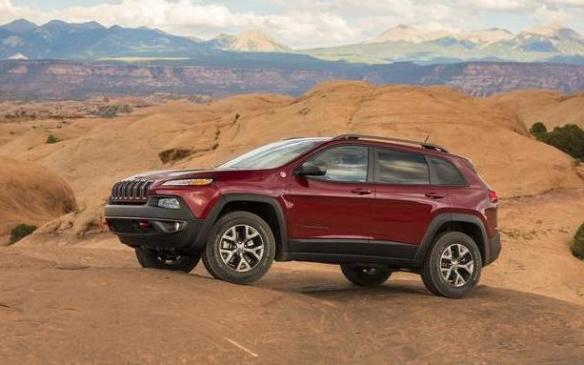 <p>A new addition to the truck top ten, the Jeep Cherokee muscled the Hyundai Santa Fe out of tenth place as it catapulted from eighth to fifth in CUV/SUV sales.</p>