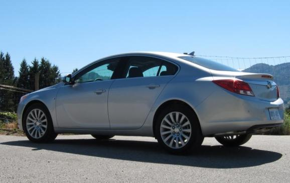 2012 Buick regal - side-rear view