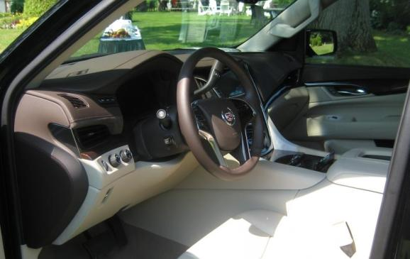 2015 Cadillac Escalade -front seats and instrument panel