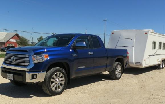 2014 Toyota Tundra - towing trailer