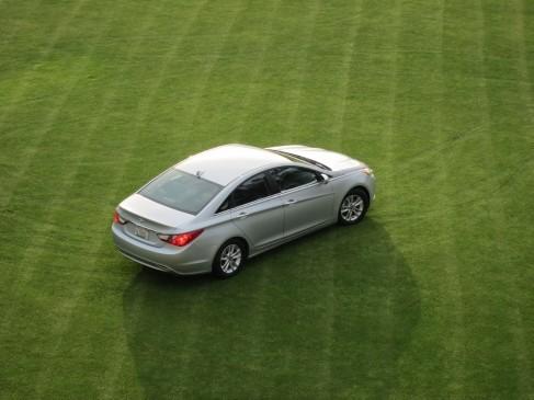 Hyundai 2011 Sonata rear