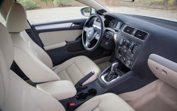2013 Volkswagen Jetta Hybrid - Interior