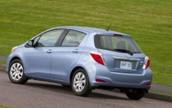 2012 Toyota Yaris Hatchback - rear 3/4