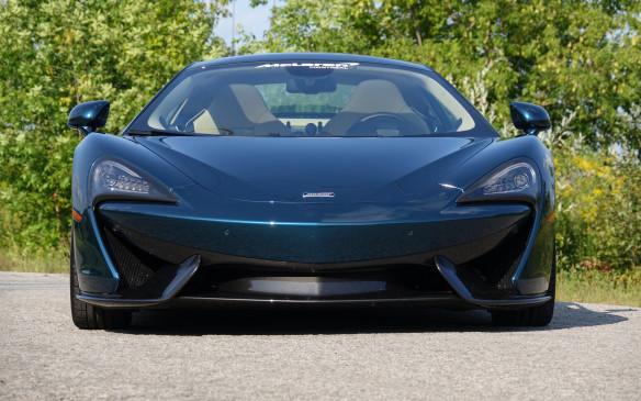 <p>McLaren 570GT</p>
